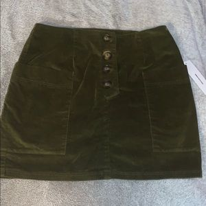 Selling Urban Outfitters skirt